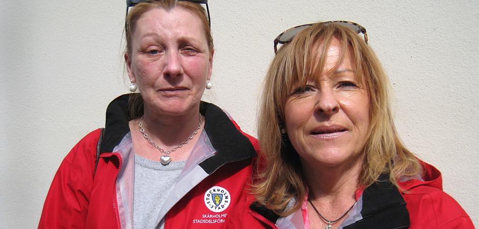 """Anne Henriksen och Susanne Enochson jobbar i hemtjänsten i Skärholmen, söder om Stockholm. De har båda varit med om att kundens kompisar sitter och """"festar"""" i bostaden när de kommer. Då gäller det att vara tydlig och bestämd för att inte få problem."""