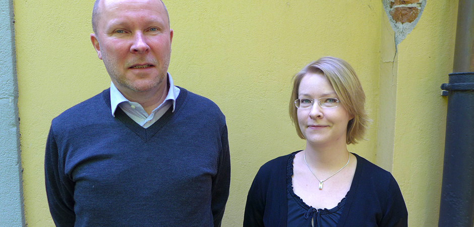 Ola Lejon och Iida Häkkinen från Inspektionen för socialförsäkringen.
