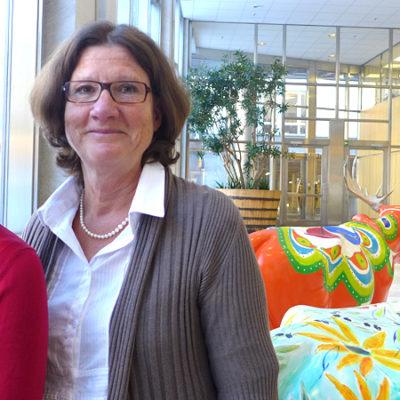 – Det finns stora brister i hur Försäkringskassan meddelar personer att de har fått avslag på sin ansökan om sjukpenning. Det handlar bland annat om att den skriftliga informationen är ofullständig, säger Nina Karnehed från Inspektionen för socialförsäkringen. Till höger hennes kollega Anne Wahlfridsson.