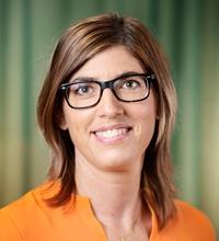 Ansiktsporträtt Stina Ellerfelt Sköld.