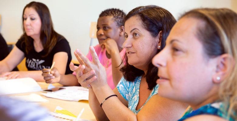 Städare i Jönköpings kommun får svenskundervisning i satsning på bl a arbetsmiljö.