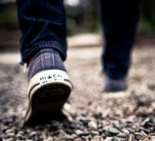 Promenerande fötter.