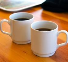 Två kaffekoppar, tema återhämtning.