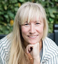 Porträttbild på Anna Yngvesson.