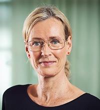 Porträttbild på Petra Salino.