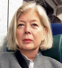 Porträttbild på Annika Kraft
