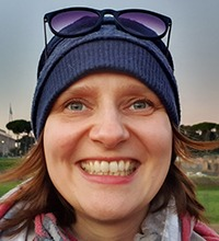 Porträtt på etnologen Katarzyna Herd som forskar om dålig stämning.